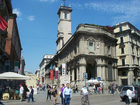 Palazzo Giureconsulti : esterno