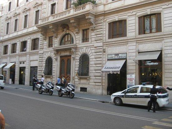 Residenza Zanardelli: Hotel from via G. Zanardelli