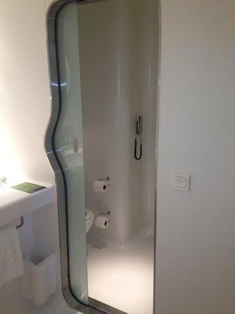 Silken Puerta America: il bagno