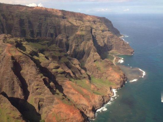 Blue Hawaiian Helicopters - Kauai: Na Pali Coast