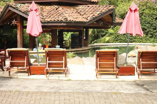 Hotel Mountain Paradise: Piscina 24 hrs con agua caliente