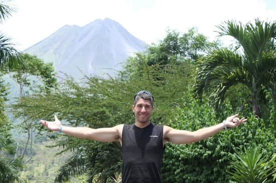 Hotel Mountain Paradise: Vista del Volcán Arenal desde el hotel