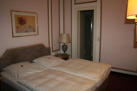 Hotel-Pension Savoy nähe Kurfürstendamm: Superior Zimmer