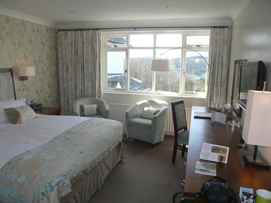 Linthwaite House : Our bedroom overlooking Windermere