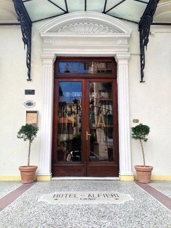Hotel Alfieri: Ingresso