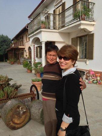 Villa Sampaguita: Cathy & Rina