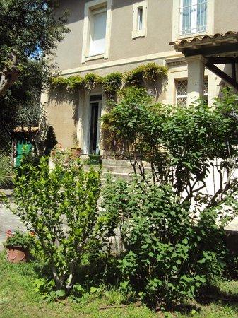La Vagance: La Maison côté jardin