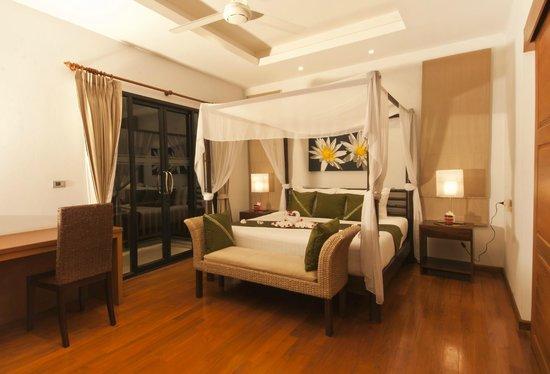 Baan Saitara: Upper Master Bedroom