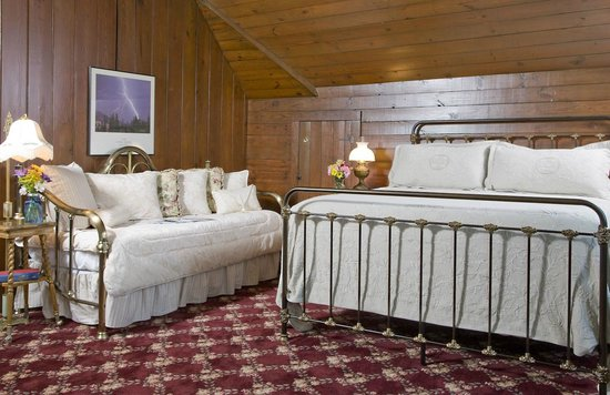 The Carriage House Inn Bed and Breakfast : Stablemaster Suite