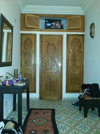 Riad Mouna: chambre fenêtre
