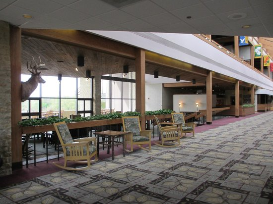 Deer Creek Lodge and Conference Center: Lobby