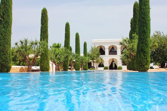 Ca Na Xica - Boutique Hotel & Spa: Ca Na Xica from the water