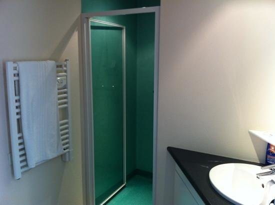 salle de bain  Picture of Residence Les Sources, LuxeuillesBains