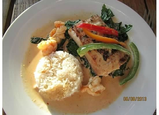 The Firefly Restaurant & Bar: Mahi mahi