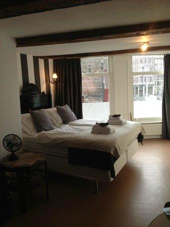 Inn old Amsterdam: Nuestro cuarto