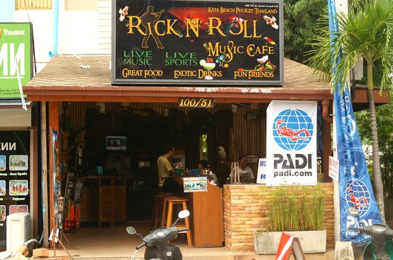 RNR Eco Adventures Pool Villa Resort & Hostel: Cool and cozy place