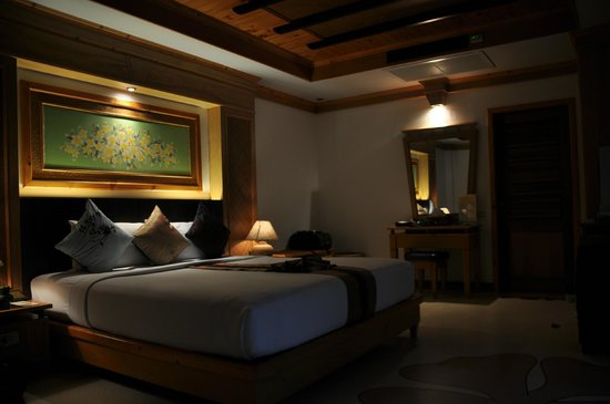 Somkiet Buri Resort: Room