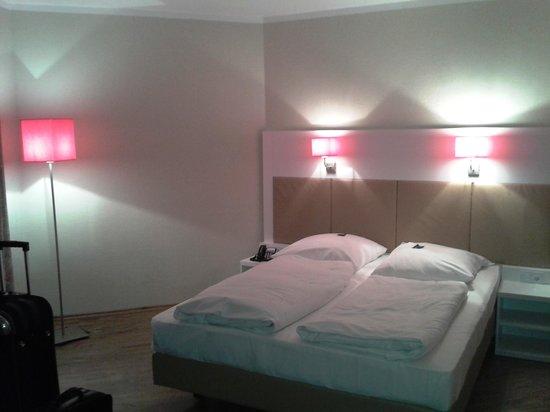 Nordic Hotel Stuttgart-Sindelfingen: renoviertes Zimmer