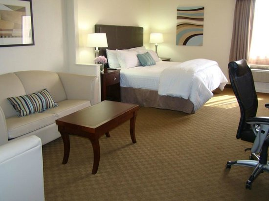 Best Western Plus Downtown Inn & Suites: King Suite