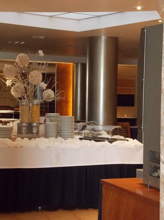 Hotel Travel Park : salle a manger