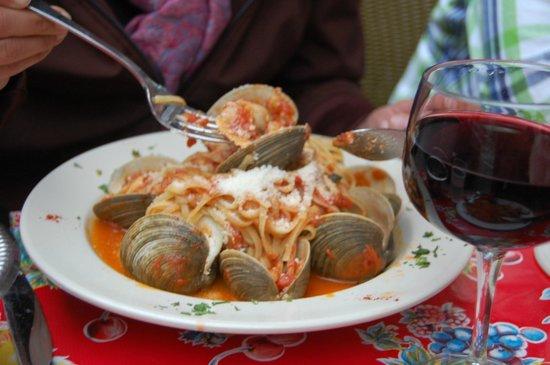 Grotta Azzurra Restaurant: Spaghetti mit Muscheln