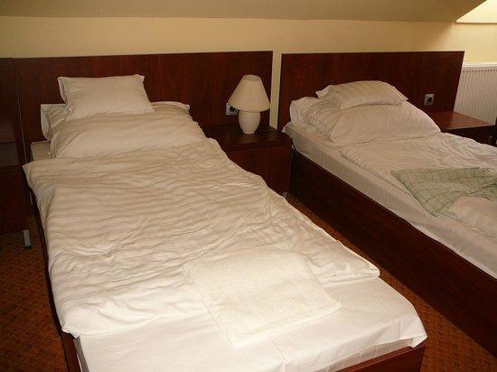 Ujhartyan, Венгрия: getrennte Betten -auf Wunsch- (wenige Zimmer)