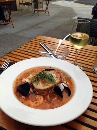 Cabezon Restaurant : Cabezon Cioppino al Fresco