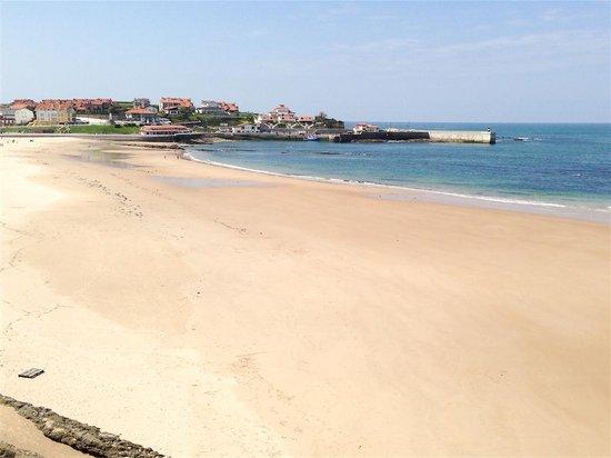 Josein: Vistas desde habitación, playa Comillas