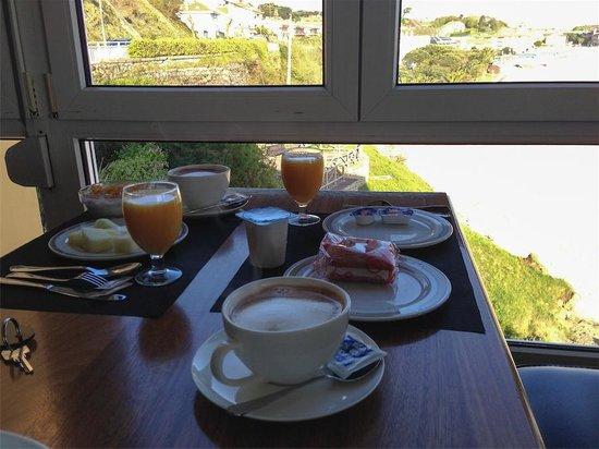 Josein: Desayuno buffet