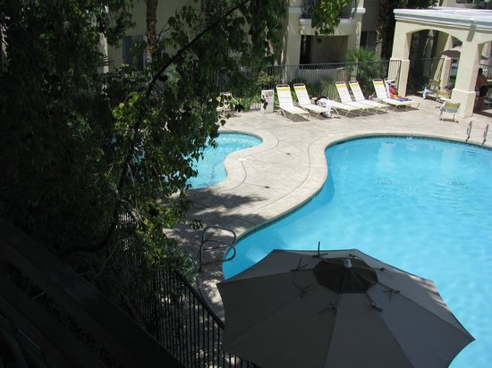 Club de Soleil All-Suite Resort: pool