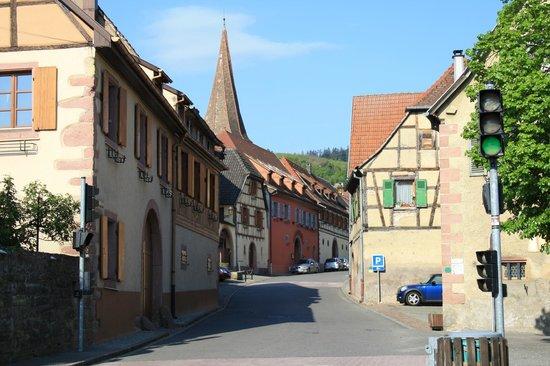 Hotel de l'Ange : la rue principale