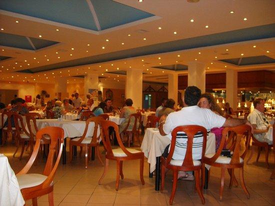 Nissaki, Grèce : Le restaurant