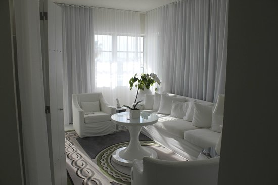 Delano South Beach Hotel: 1 bedroom suite