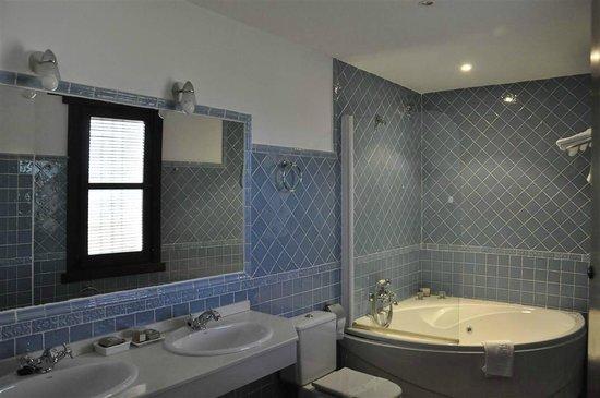 Hotel Rural Carlos I: Baño Suite 115