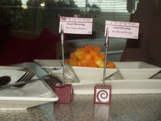 Hotel Runcu Miraflores: Your Personal Flags at Breakfast