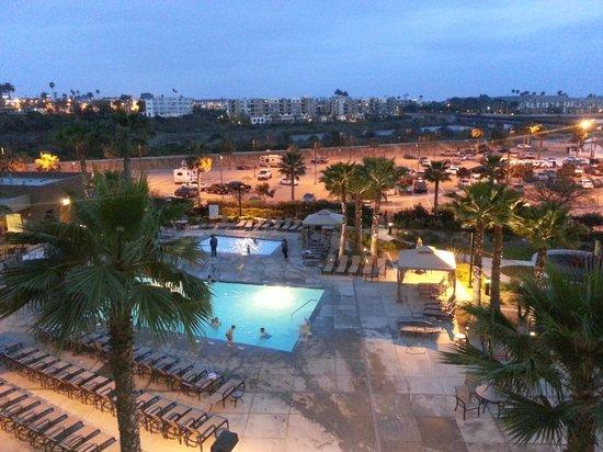 وورلد مارك أوشن سايد: Pool view from patio