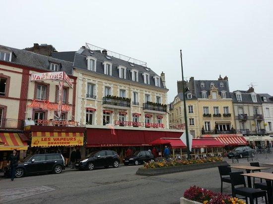 Brasserie Le Central: Façade