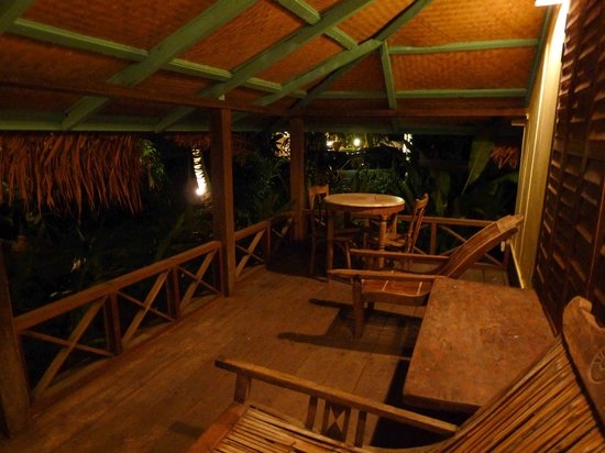 Bon Ton Resort: Veranda At Night