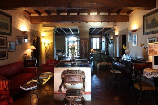 Olivaia : The lounge at Villa Campestri Olive Oil Resort