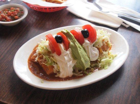 Banning, كاليفورنيا: HUGE burrito filled with carnitas