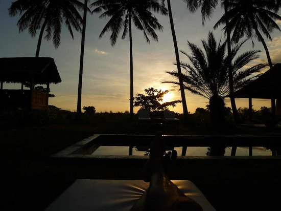 Bon Ton Resort: Pool and Sunset