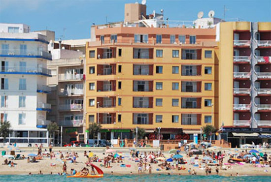 Elvira Apartamentos : Vista fachada