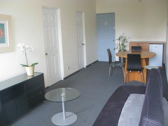 Apartotel  La Perla : Sala Comedor / Livingroom