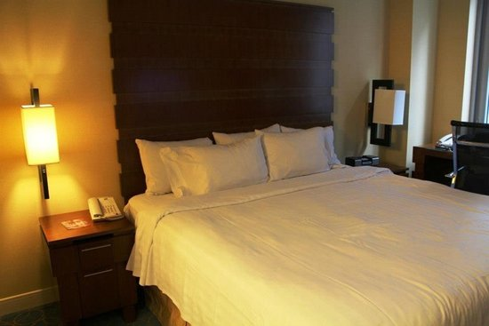 Fairfield Inn & Suites New York Manhattan/Fifth Avenue: Bedroom