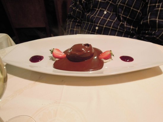 La Grange aux Loups: chocolate raspberry creme...for chocolate lovers