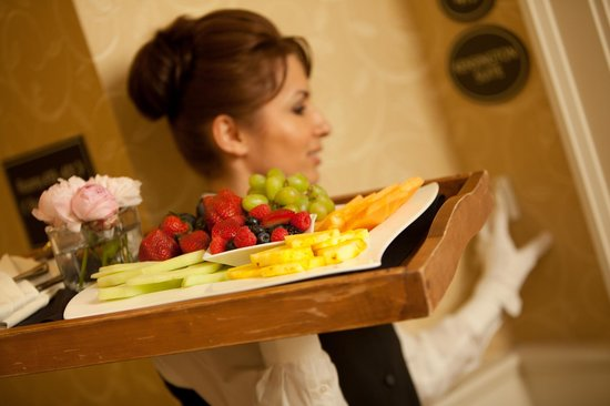 Royal Park Hotel : Room Service