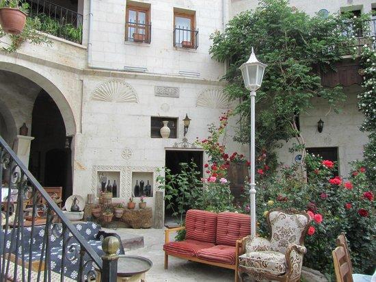 Sofa Hotel courtyard