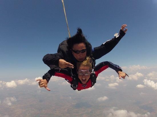 Bird's Paradise Skydiving: Skydiving 2