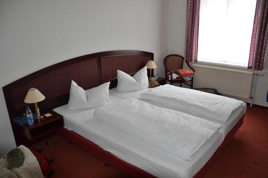 Hotel New Orleans: Bett