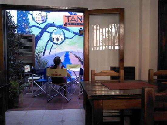 Tango Hostel : área comun